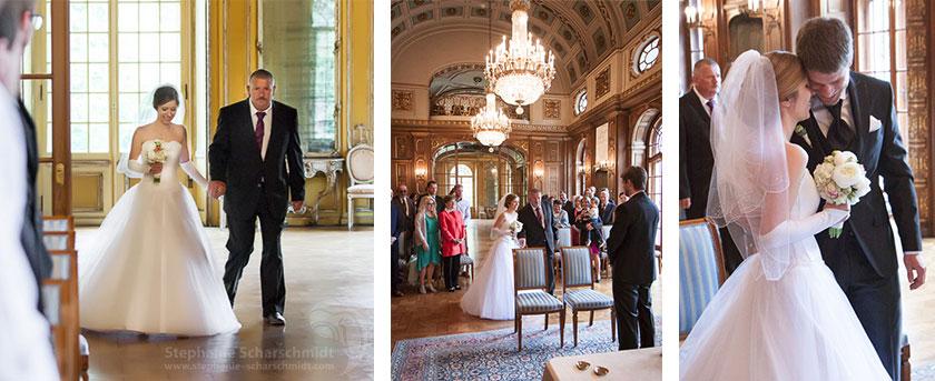 2_Brautvater-führt-Braut-zum-Altar-im-Schloss-Waldenburg-in-Südwestsachsen-Hochzeitsfotograf-Stephanie-Scharschmidt