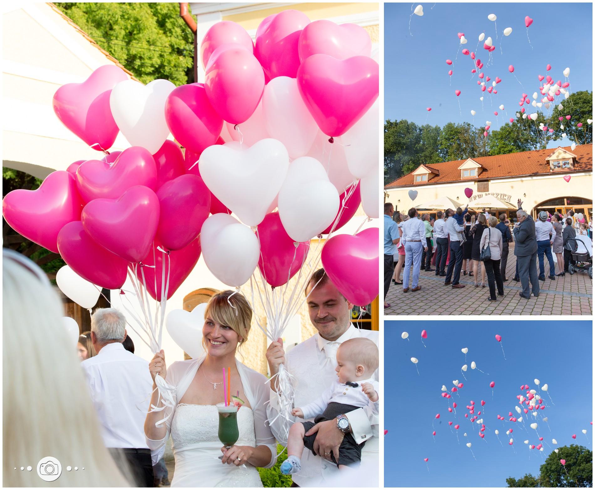 Luftballons auf Hochzeit steigen lassen