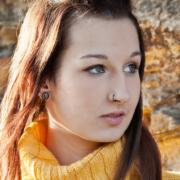 """image-46385-b: """"Christin"""" Portrait Fotoshooting auf der auf der Elsterberger Burgruine (Portraitfotografin Stephanie Scharschmidt)"""