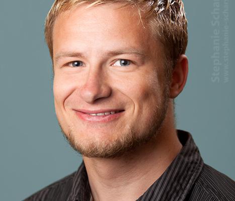 image-54734-b: Bewerbungsfoto ( Viersen / DE ) 7.6.2012 18:01