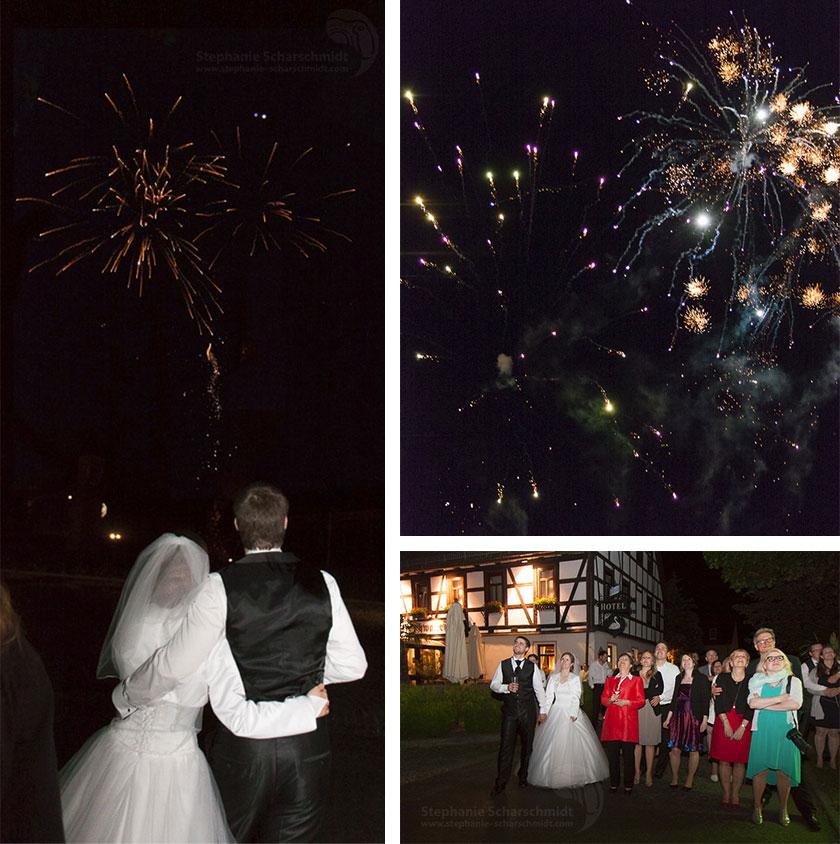 Schloss Waldenburg  32_Feuerwerk-am-Hochzeitstag-im-Romantik-Hotel-Schwanefeld-in-Meerane-bei-Zwickau-in-Sachsen_Hochzeitsfotograf-Stephanie-Scharschmidt