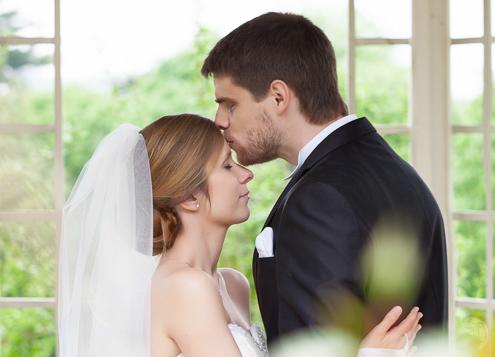 Hochzeitsfotos von Tina und Arvid. Trauung im Schloss Waldenburg und Feier im Romantik Hotel Schwanefeld ( Meerane ) (Sachsen).