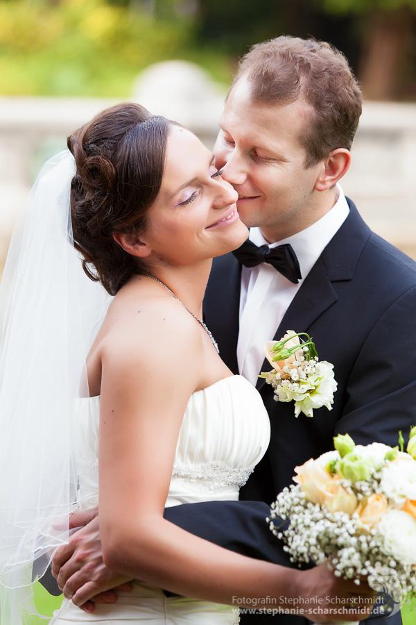 Gefühlvolle Hochzeitsfotos in Elsterberg - Hochzeitsfotografin Stephanie Scharschmidt