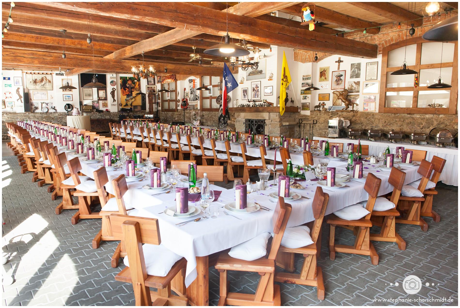 Hochzeit im Resort Stein bei Cheb in Tschechien-_englischsprachiger-hochzeitsfotograf-stephanie-scharschmidt