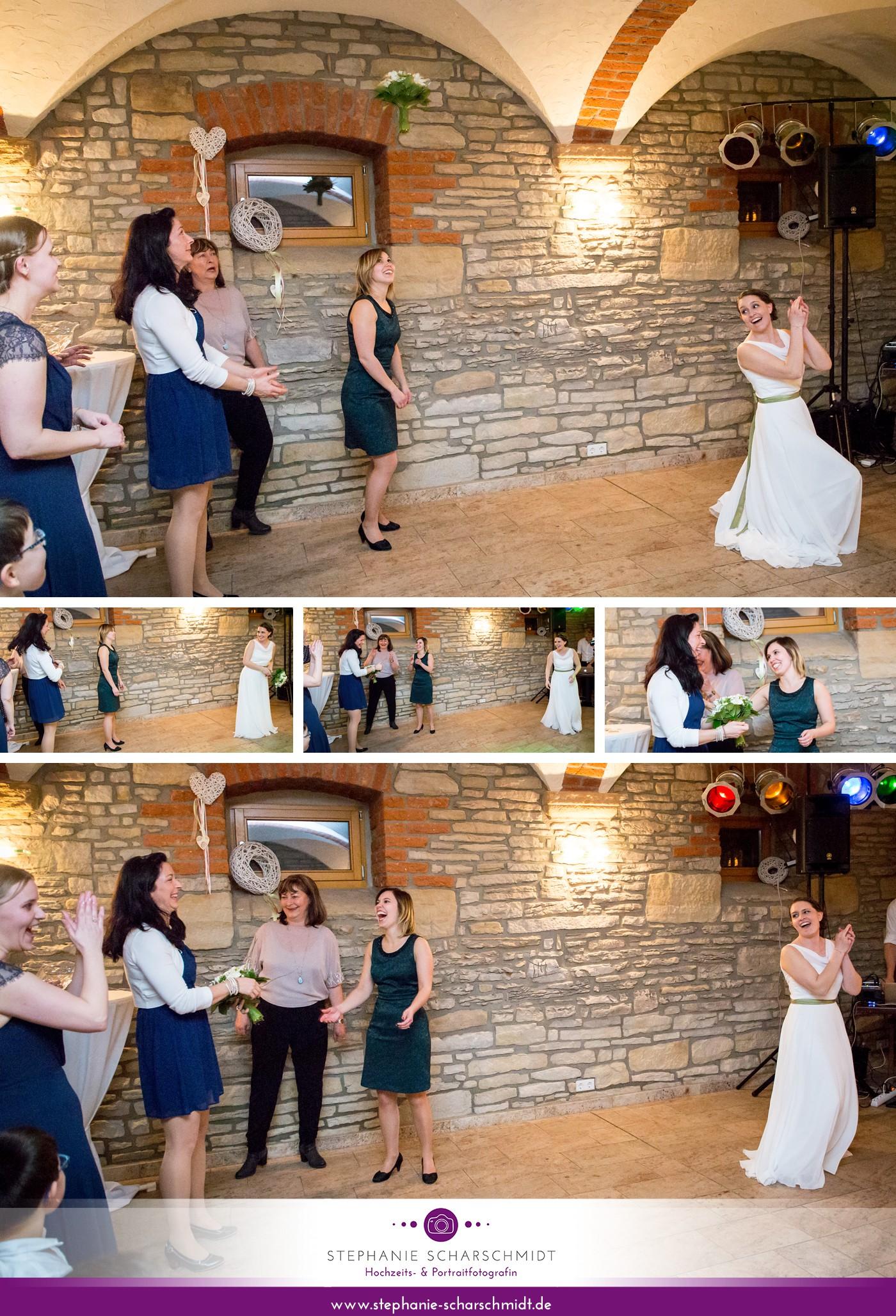 16 – Brautstraußwurf – Etzdorfer Hof – Eisenberg - Saale-Holzland-Kreis Thüringen – Hochzeitsfotograf Gera – Hochzeitsfotografin Stephanie Scharschmidt