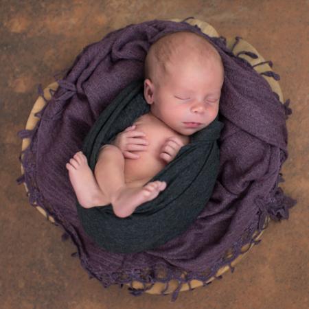 Fotostudio für Neugeborene in Plauen - Stephanie-Scharschmidt