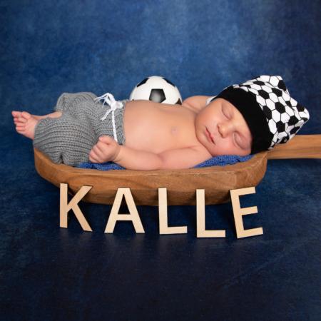 Neugeborenen Fotoshooting – Neugeborenen Fotografin. Stephnaie Scharschmidt